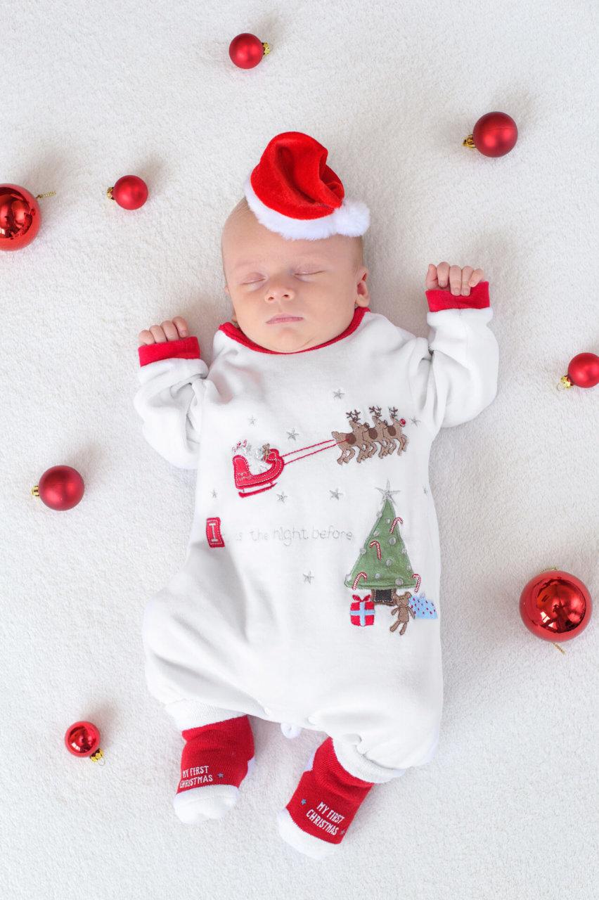novorodenec-newborn-atelier-interier-umelecke-fotenie-vianoce-fotograf-rimavska-sobota-peter-norulak_03