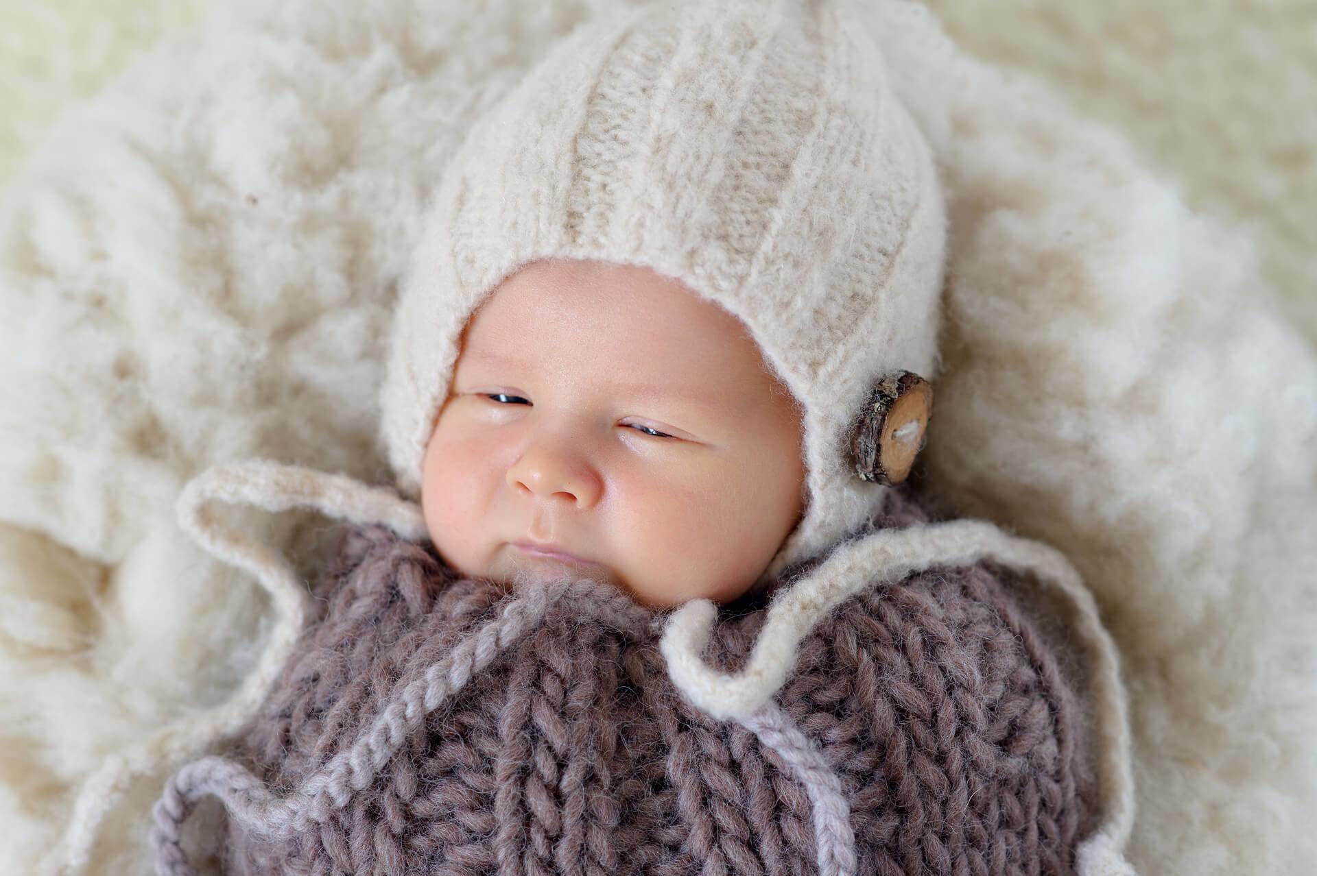 novorodenec-newborn-atelier-interier-umelecke-profesionalne-fotenie-fotograf-peter-norulak-kosice_06