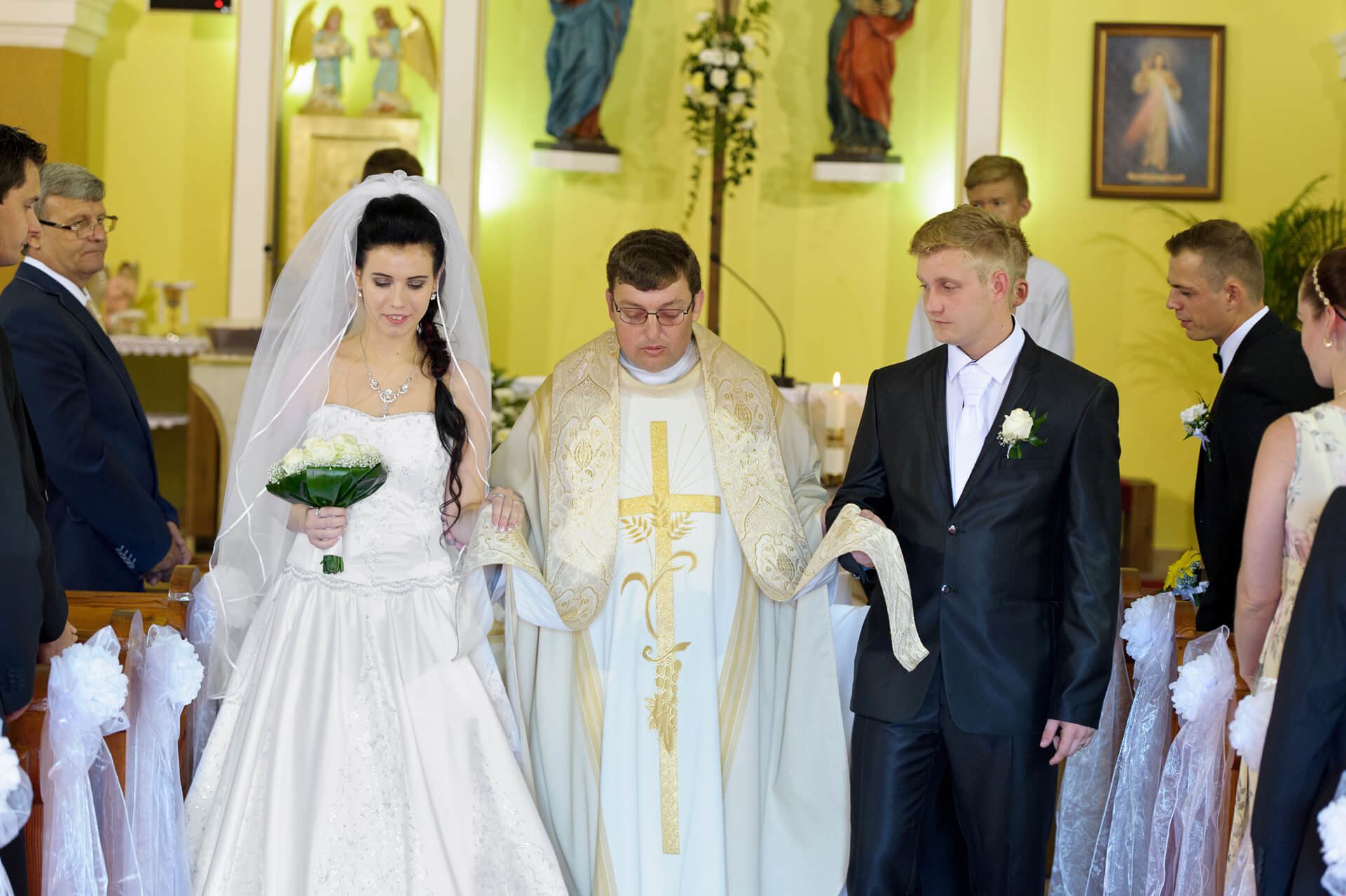 svadba svadobny kostol obrad profesionalne fotenie fotograf Peter Norulak Kosice__15